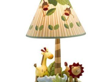 Phòng bé xinh với đèn ngủ ngộ nghĩnh