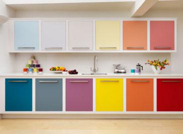 10 gam màu rực rỡ cho phòng bếp mùa hè