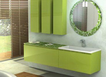 Phòng tắm với màu xanh lá cây và màu da cam theo phong cách Ý