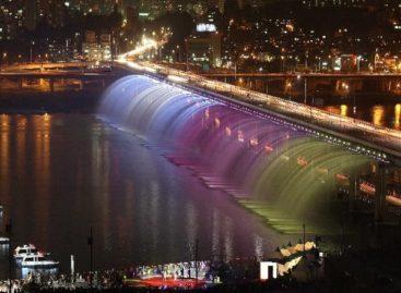 Đài phun nước tại cầu Banpo – Seoul, Hàn Quốc