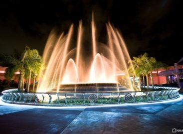 Vũ điệu màn đêm của Epcot Center Fountain of Nation