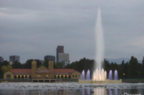 Ngắm nhìn cầu vồng diệu kỳ từ Đài phun nước Prismatic Electric Fountain