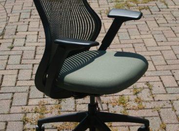 Tối ưu hóa văn phòng làm việc với chiếc ghế Knoll ReGeneration