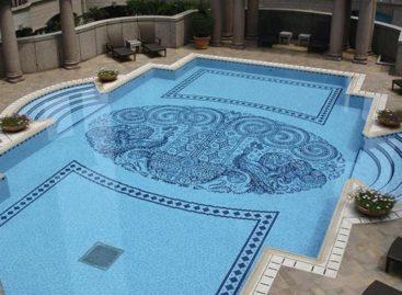 Ý tưởng trang trí hồ bơi bằng gạch Mosaic