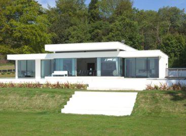 Cherry Tree Cottage – Không gian sống hiện đại ở vùng quê thanh bình