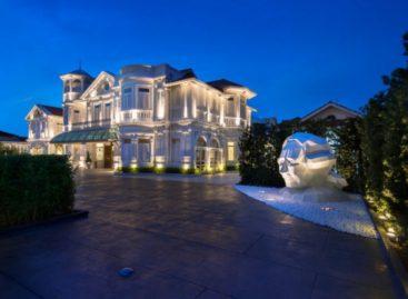 Ngắm nhìn thiết kế sang trọng và quyến rũ của khách sạn Macalister Mansion
