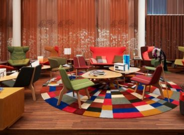Khách sạn 25Hours với các sắc màu sinh động