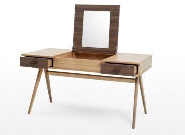 Chiếc bàn Stroller của Steuart Padwick