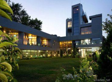 Thiết kế đương đại trong căn nhà rộng 1.997m2 ở Dnepropetrovsk