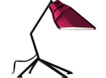 Thiết kế trẻ trung năng động của chiếc đèn Pett