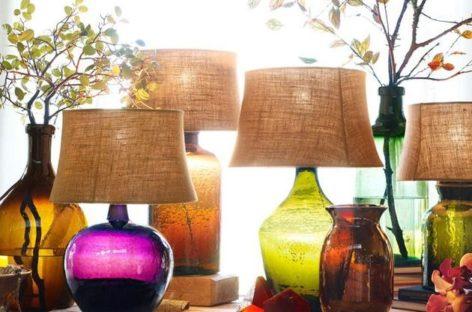 Vẻ mộc mạc đầy màu sắc của đèn bàn thủy tinh rạn Clift