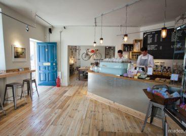 Khám phá tiệm cà phê Society Café miền Tây Nam nước Anh