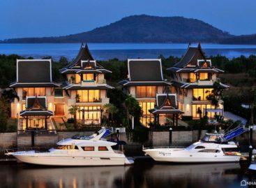 Biệt thự sang trọng nằm sát bến du thuyền riêng biệt ở Phuket