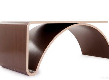 Chiếc bàn Kaari – mẫu nội thất tối giản với đường cong tinh tế