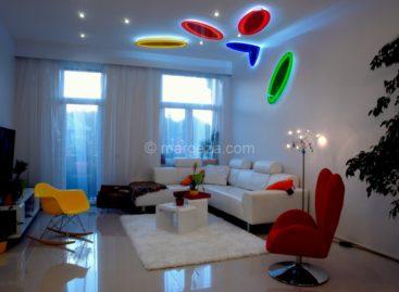 Chiêm ngưỡng không gian căn hộ đầy màu sắc