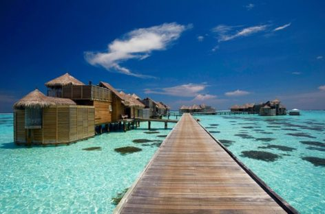 Khu nghỉ dưỡng 5 sao trên hòn đảo san hô: Gili Lankanfush, Maldives