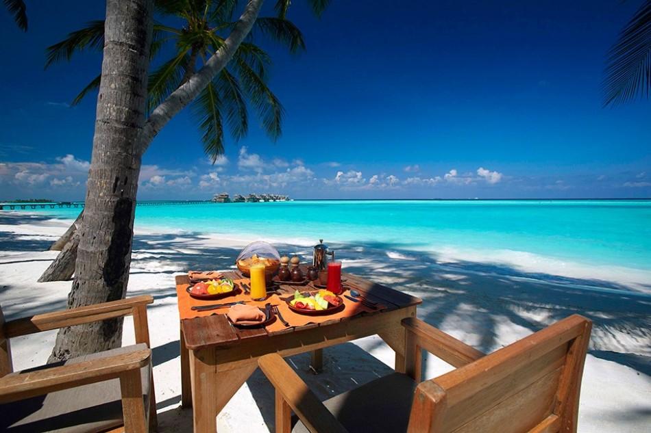resort gili lankanfush 12