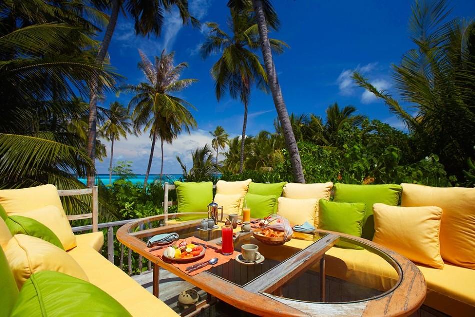 resort gili lankanfush 15