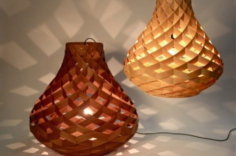 Đèn treo bằng tre Weave Pendant Lamp của nhà thiết kế Edward Linacre
