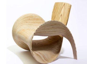 Nét uốn lượn lạ kỳ của chiếc ghế bành đầy nghệ thuật