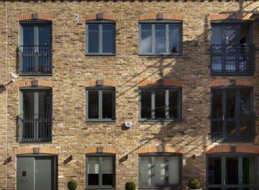 Kết hợp không gian làm việc một cách sáng tạo tại ngôi nhà Mews ở London