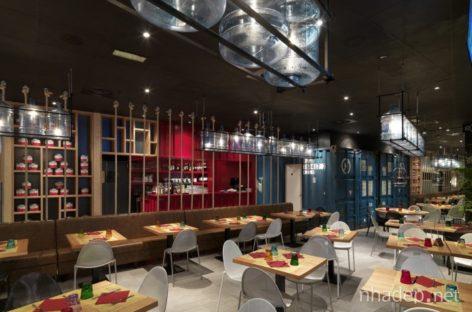 Nhà hàng Pizzikotto – Sắc màu từ những vật dụng tái chế