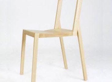 Đơn giản và mộc mạc với chiếc ghế gỗ Split của Roni Shalmon