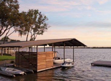 Mẫu thiết kế ngôi nhà bên bờ hồ ở Marble Falls Texas