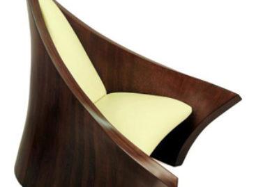 Chiếc ghế New Medieval Armchair với đường nét táo bạo đẹp mắt