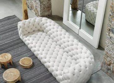 Sự sang trọng và độc đáo của chiếc ghế sofa dài Chester Moon