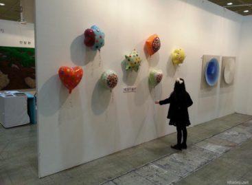 """Cuộc sống tươi vui với sản phẩm """"bóng bay"""" gốm sứ của Nina Jun"""