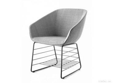 Dòng sản phẩm ghế ngoài trời ATchairR với thiết kế nơi lưu trữ đồ độc đáo
