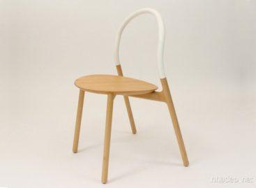 Chiếc ghế gỗ lưng silicon độc đáo của Joe Doucet
