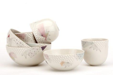 Vẻ xinh xắn của bộ đồ ăn Crystals được thiết kế bởi Finnsdottir Ceramic Tales