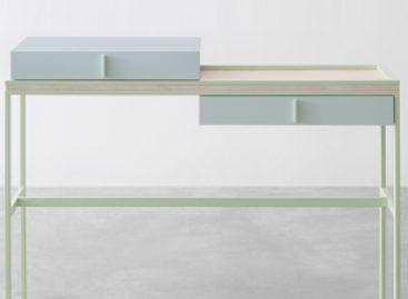 Lạ mắt với chiếc bàn Flamingo được thiết kế bởi Marco Guazzini