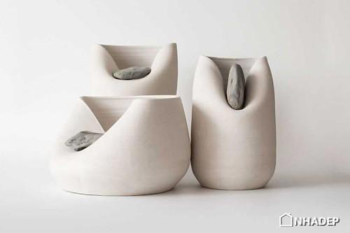 Lo-Vase-with-Stone_01