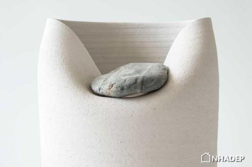 Lo-Vase-with-Stone_06