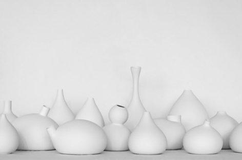 Mẫu thiết kế bình gốm độc đáo của Jomi Evers Solheim