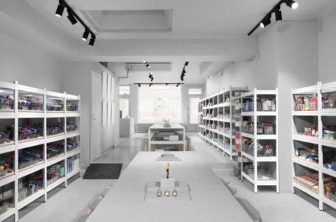 Thiết kế độc đáo của cửa hàng bút tại Stockholm