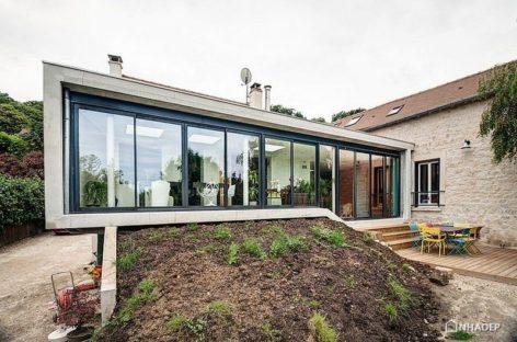 Kết hợp ba ngôi nhà truyền thống theo phong cách hiện đại