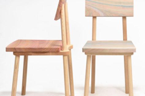 Ghế Grain nổi bật với những vệt sơn đầy màu sắc