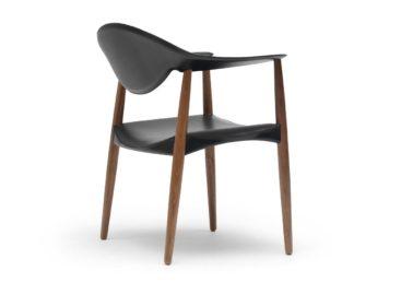 Chiếc ghế cổ điển Metropolitan của Carl Hansen & Son