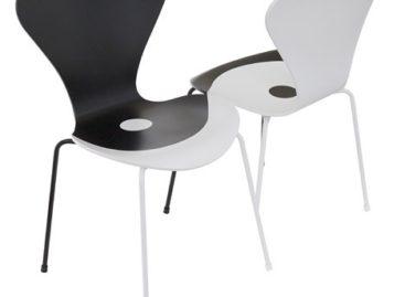 Những chiếc ghế Fritz Hansen dựa trên ý tưởng thiết kế của Arne Jacobsen