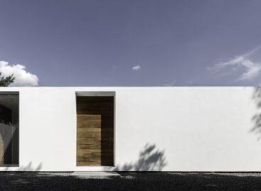 Căn nhà có kiểu thiết kế hình hộp tối giản