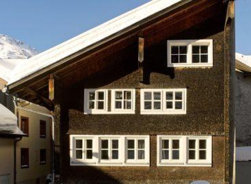 Khám phá ngôi nhà cổ từ thế kỷ 17 ở vùng núi Alpine