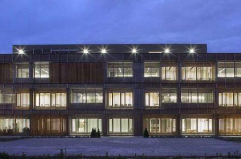 Thiết kế hiện đại của trung tâm ngôn ngữ trường đại học Valencia