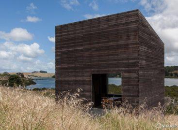 Ngắm nhìn thiết kế độc đáo của hai ngôi nhà ở vùng biển Tasma