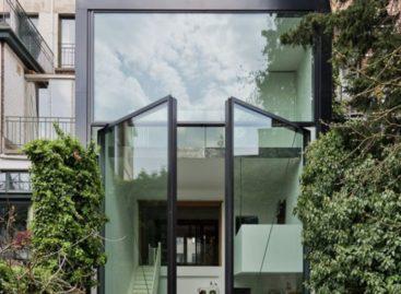 Chiêm ngưỡng ngôi nhà có cửa đứng lớn nhất thế giới