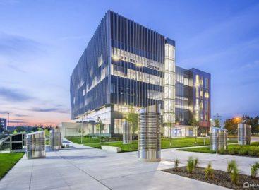 Thiết kế hiện đại của tòa nhà Khoa học & Hóa học của đại học Toronto Scraborough