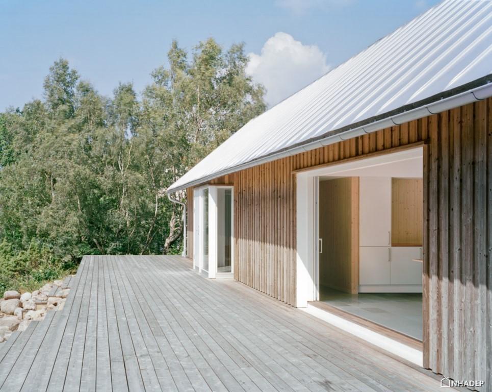 ngoi-nha-summer-house-tai-bo-bien-thuy-dien_2